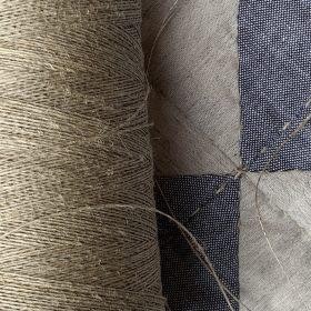 Linen sewing thread, fine 16:1 close up